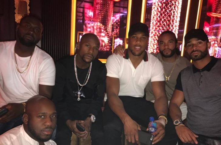 Anthony Joshua Meets Floyd Mayweather