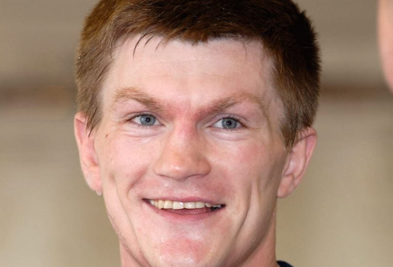 41-Year-Old Ricky Hatton Showing How It Is Done On The Heavy Bag