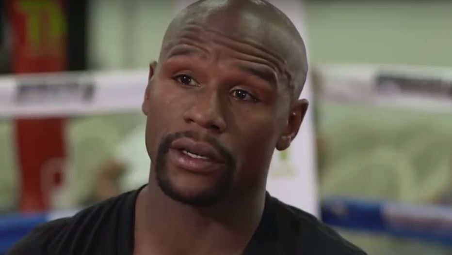 Mayweather Reacts To Golovkin vs Canelo