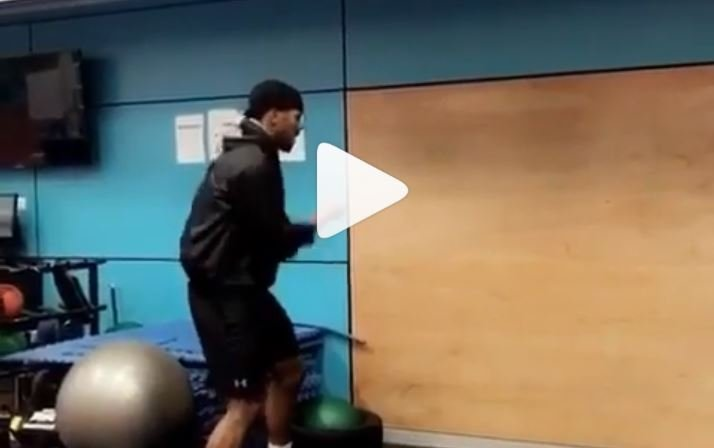 Anthony Joshua Shows Blinding Hand Speed