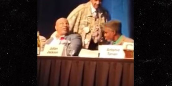 Tyson Throws Drink At Don King