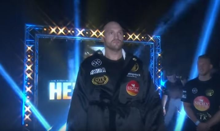 Tyson Fury Graphically Slams Deontay Wilder With His New Favorite Word