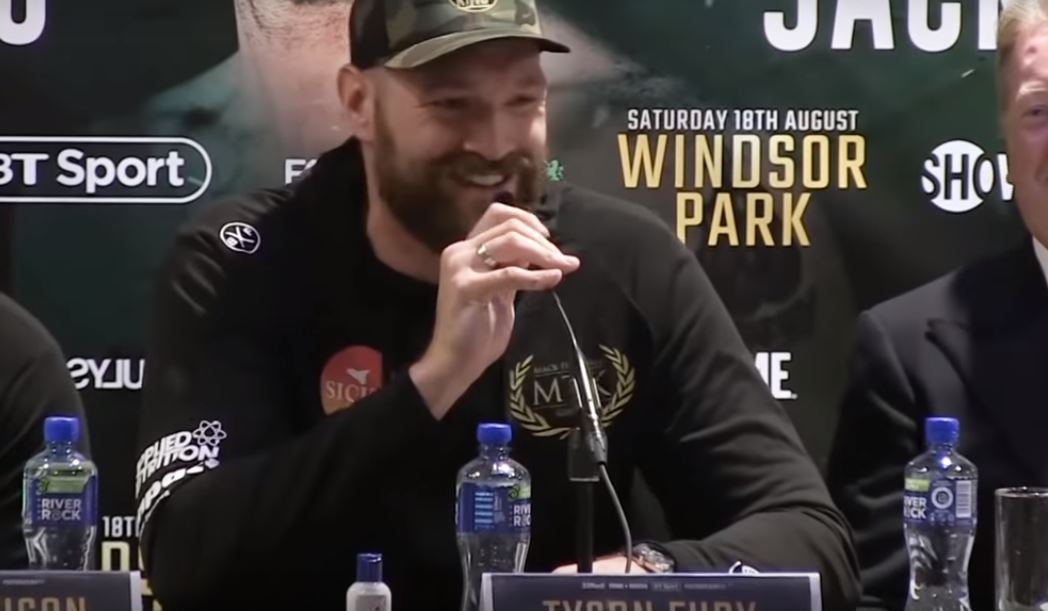 Tyson Fury Erupts Into Song During Presser