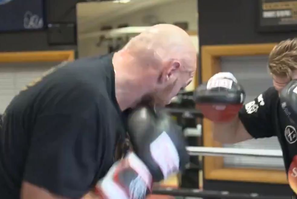 tyson fury video showing hand speed
