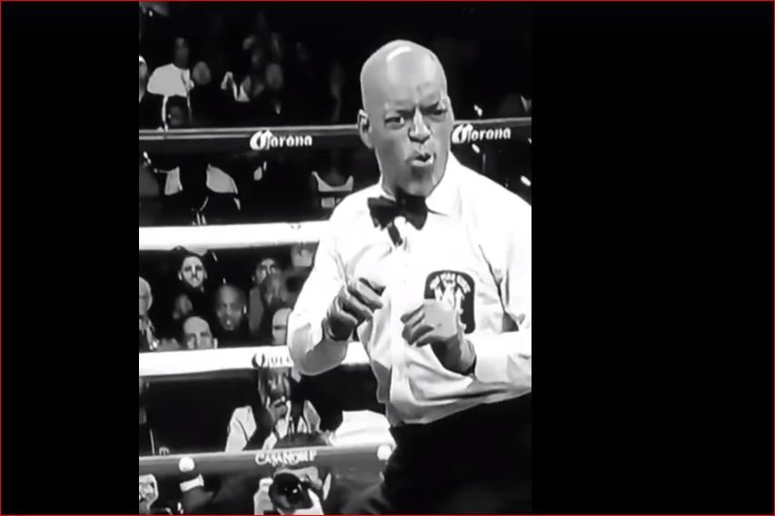 boxing referee steve willis up to his hilarious old tricks