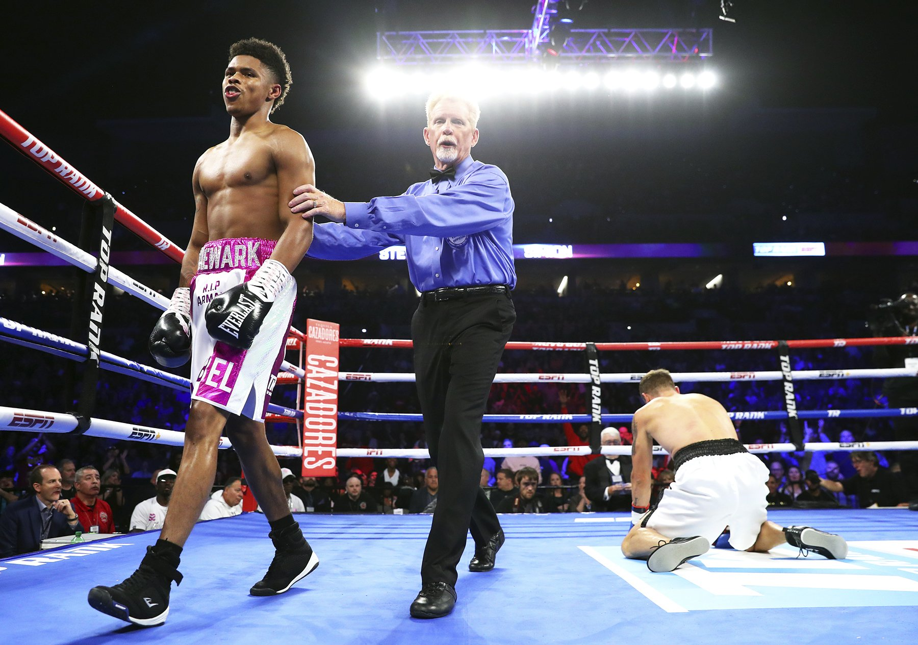 Shakur Stevenson Blast Out 9th Professional Opponent In Round 1 Demolition