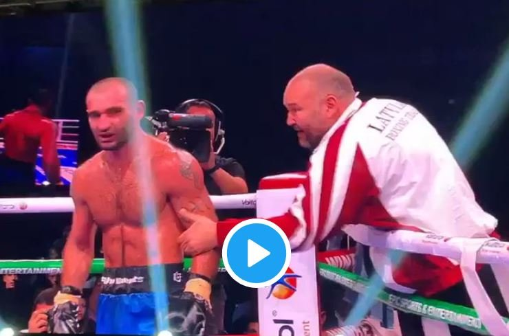 boxer in bulgaria attacks his own coach after loss