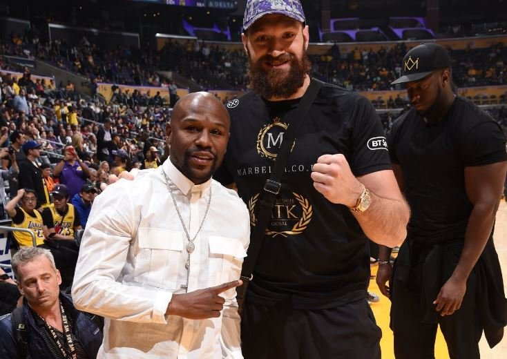 Floyd Mayweather and Tyson Fury Meet For The First Time At Basketball Game
