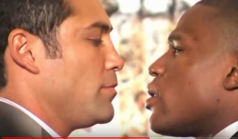 De La Hoya Has A Theory On Mayweather's Personal Christmas Attack On Him