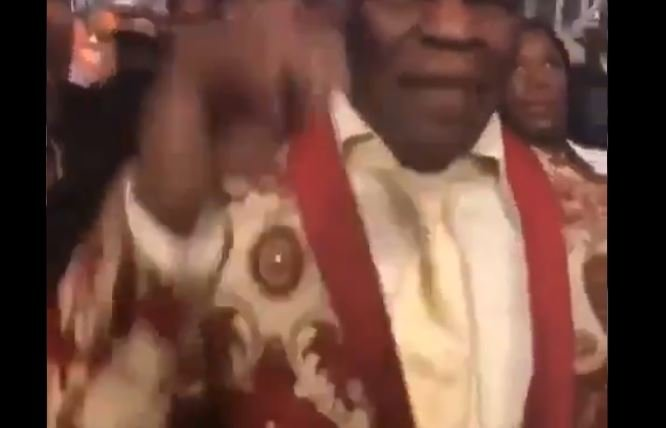 Floyd Mayweather Sr's Reaction To Wilder vs Fury Decision Says It All