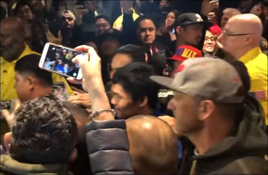 The Moment Pacquiao Arrived In Vegas For Broner Fight Was Gold