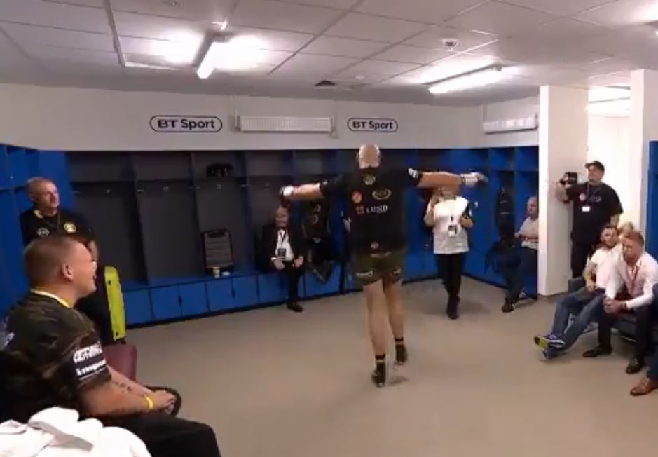 Video Shows How Fury Got Ready Backstage Before Wilder Fight