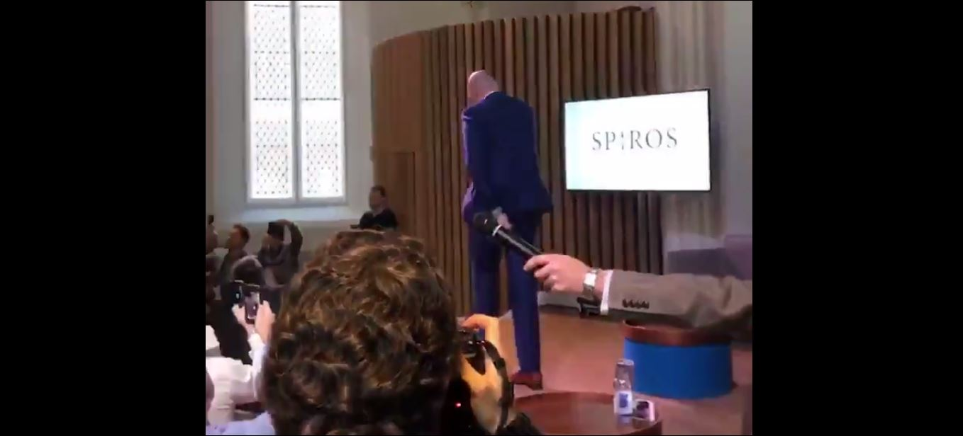 Tyson Fury Sparks Incredible Singing Scenes During Speaking Tour