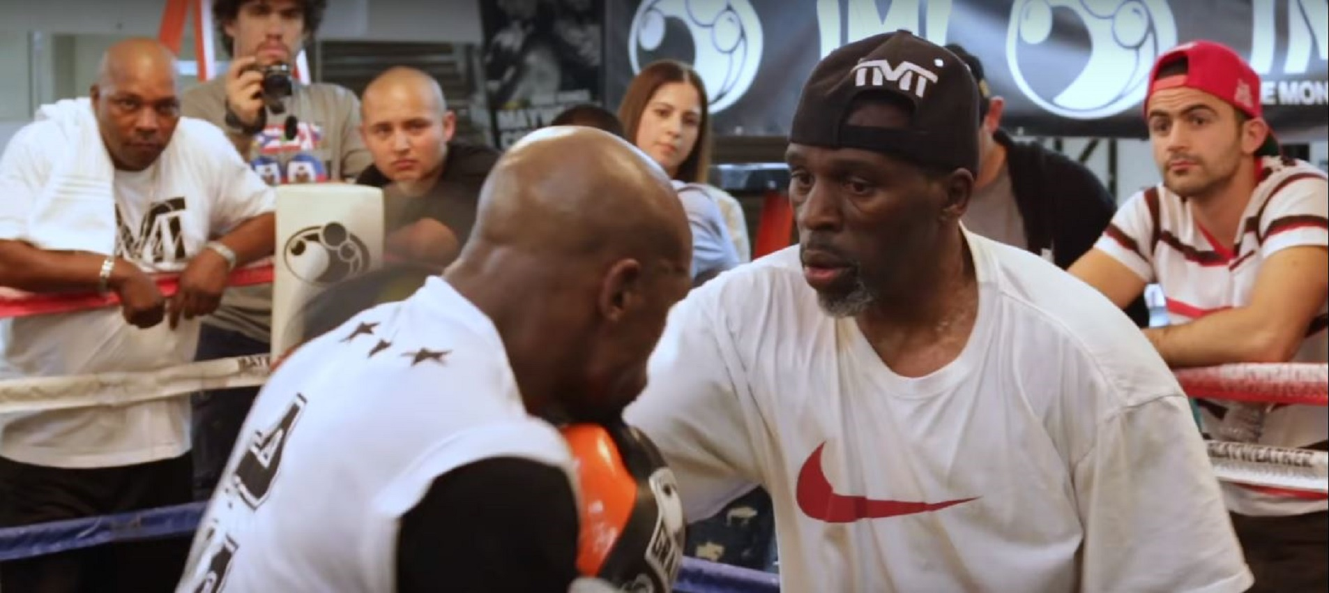 Who Roger Mayweather Said The Boxers He Enjoyed Watching Were