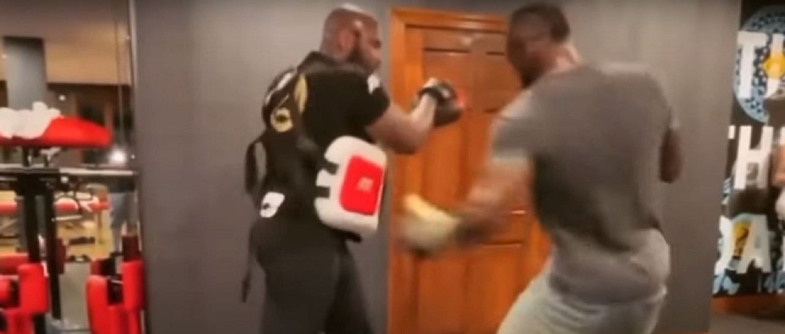 Deontay Wilder Works On Vicious Left Hook To The Body