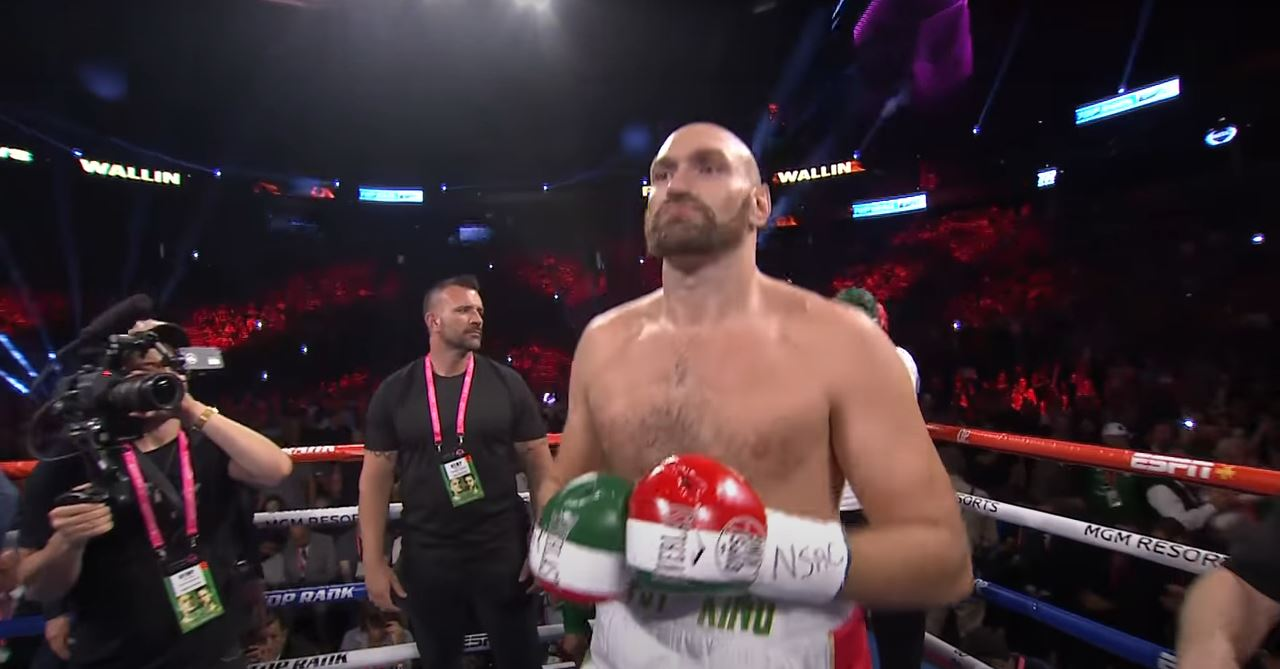 Tyson Fury Reveals How He Loses 30 Pounds In Weight In 30 Days