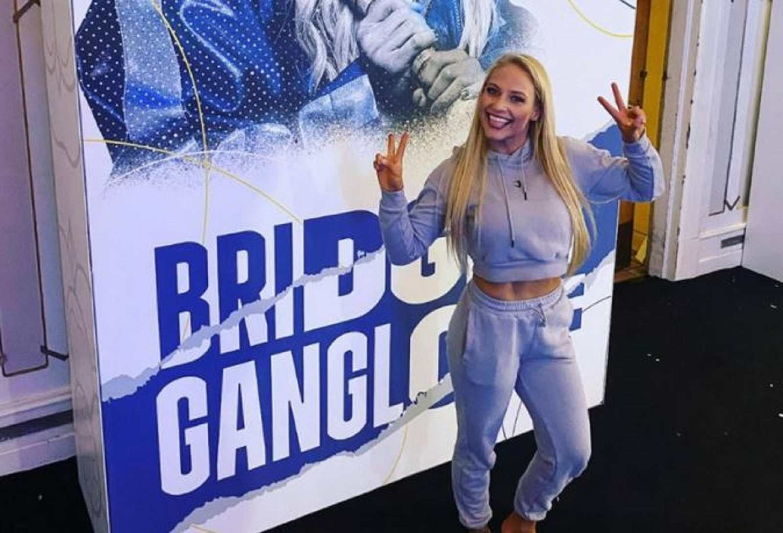 Blonde Bombshell Grabs Attention With New Weigh In Outfit