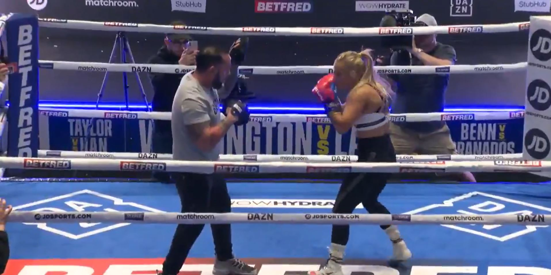 Blonde Bombshell Sharp Ahead of 8th Professional Fight
