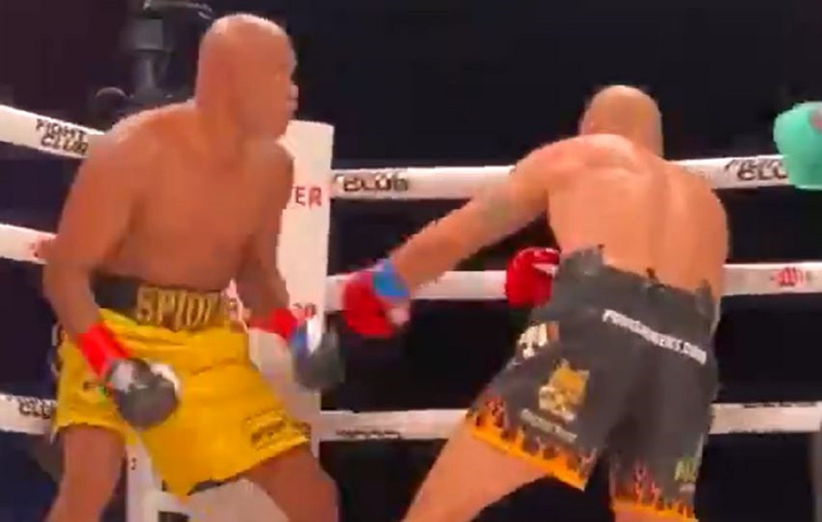 Fight Legend Delivers Brutal One Punch Knockout In Boxing Match